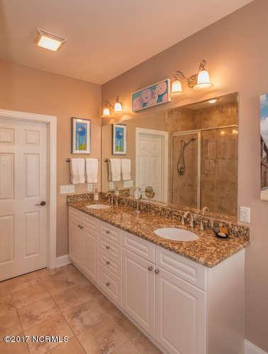 Cades Cove Real Estate - http://cdn.resize.sparkplatform.com/ncr/1024x768/true/20170210200927661142000000-o.jpg