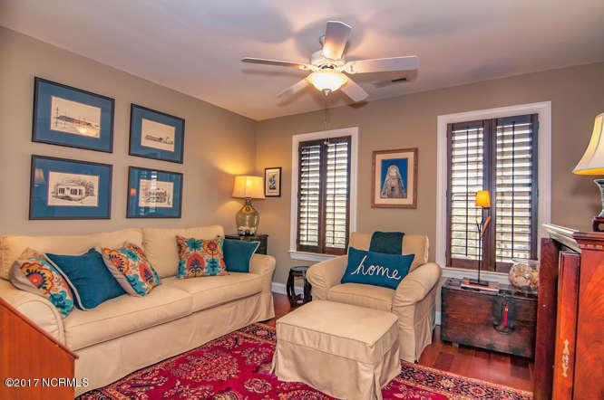 Cades Cove Real Estate - http://cdn.resize.sparkplatform.com/ncr/1024x768/true/20170210200949104073000000-o.jpg