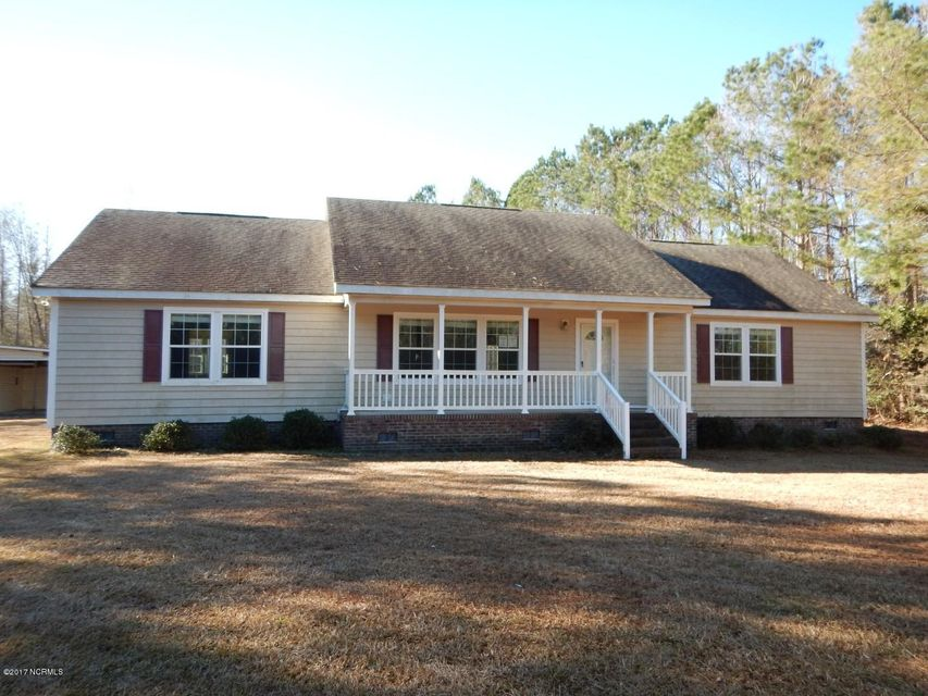 1098 E Wards Bridge Road, Kenansville, NC 28349