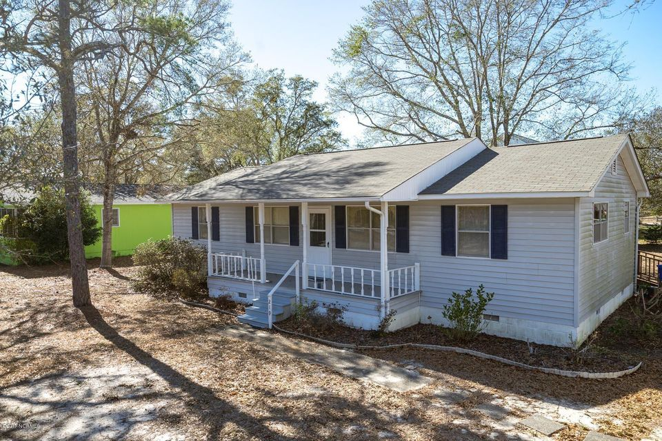 219 NE 45TH Street Oak Island, NC 28465