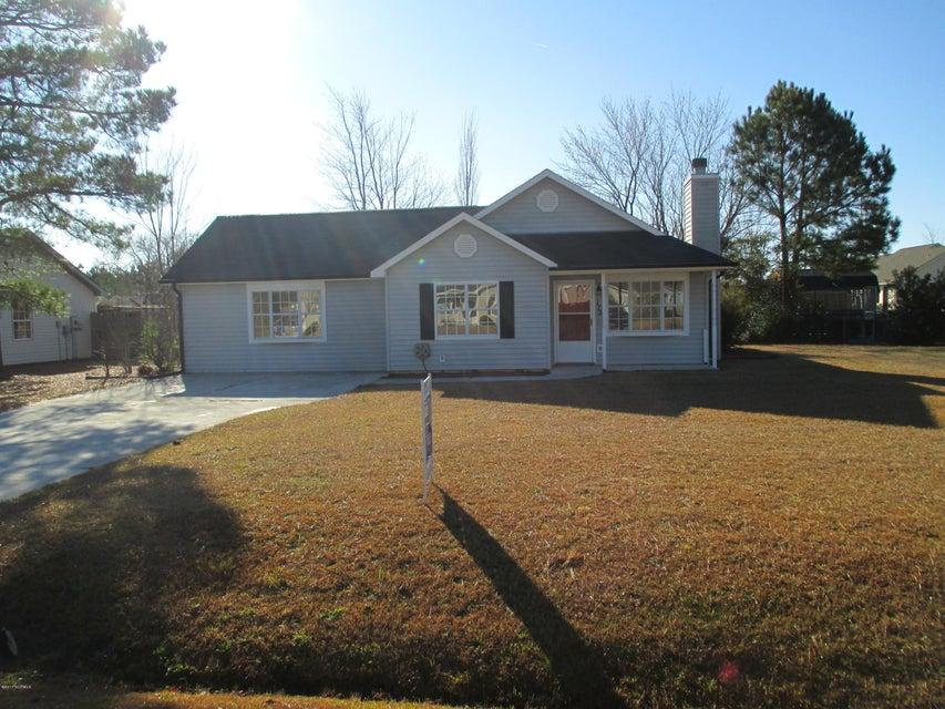 172 Glenwood Drive, Hubert, NC 28539