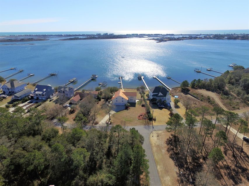104 Bay Court, Sneads Ferry, NC 28460