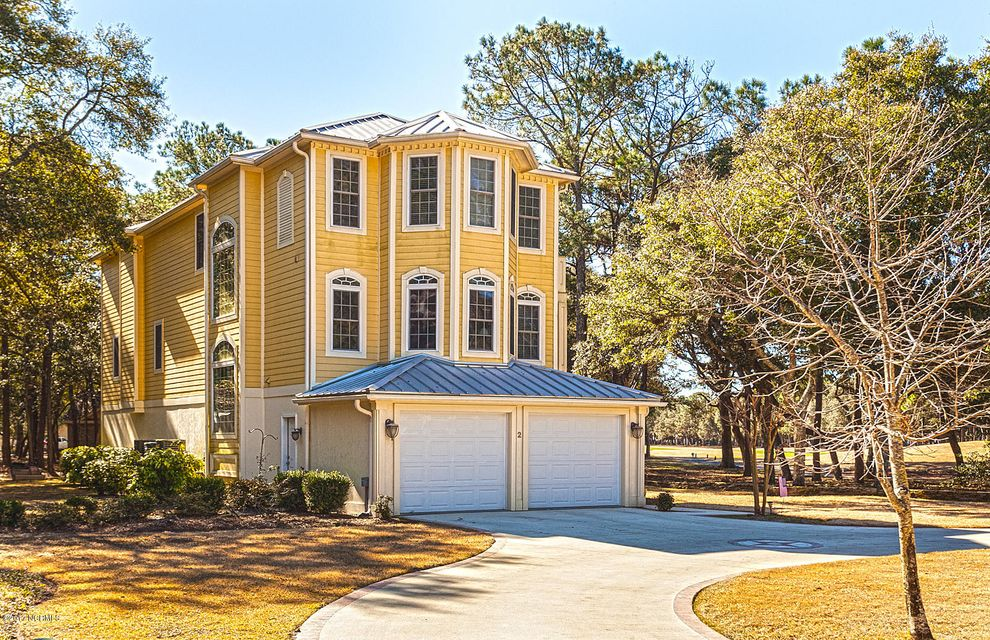 Oak Island Estates Real Estate - http://cdn.resize.sparkplatform.com/ncr/1024x768/true/20170216195007573169000000-o.jpg