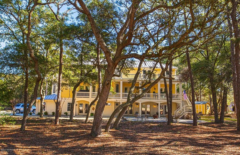 Oak Island Estates Real Estate - http://cdn.resize.sparkplatform.com/ncr/1024x768/true/20170216195014080627000000-o.jpg