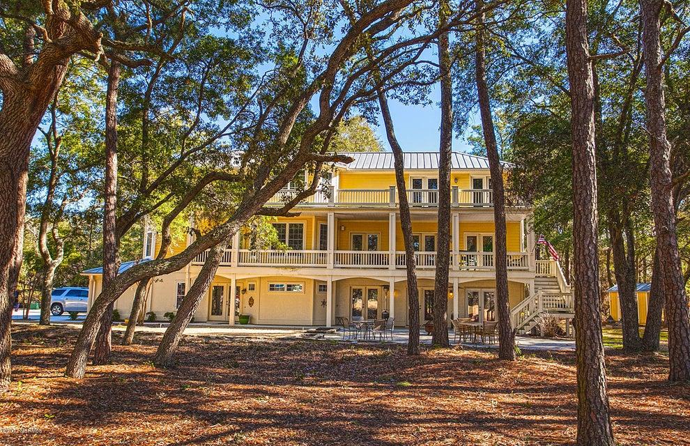 Oak Island Estates Real Estate - http://cdn.resize.sparkplatform.com/ncr/1024x768/true/20170216195022913385000000-o.jpg