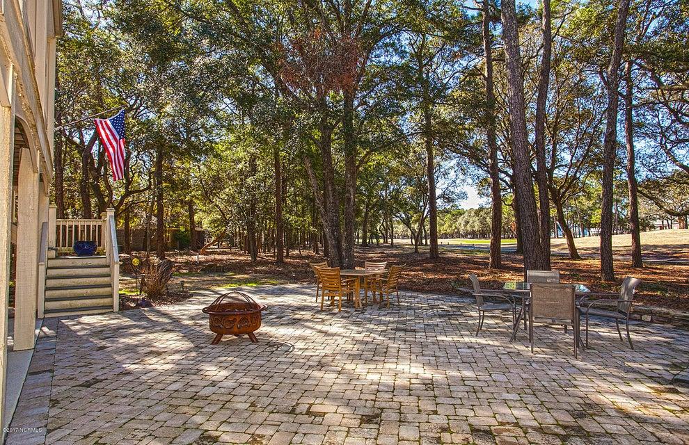 Oak Island Estates Real Estate - http://cdn.resize.sparkplatform.com/ncr/1024x768/true/20170216195046527489000000-o.jpg