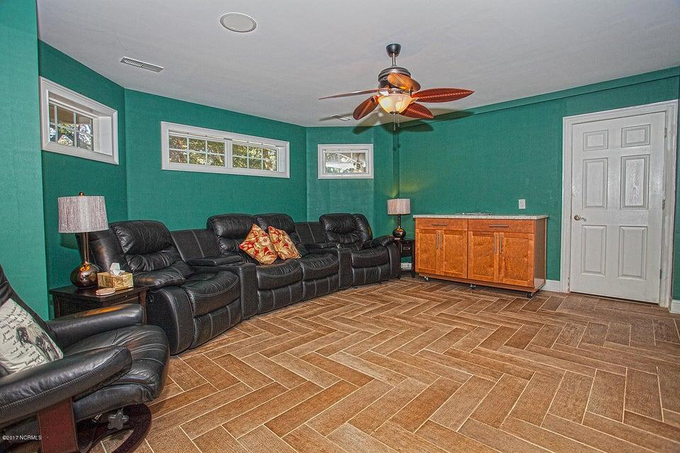 Oak Island Estates Real Estate - http://cdn.resize.sparkplatform.com/ncr/1024x768/true/20170216195135843519000000-o.jpg