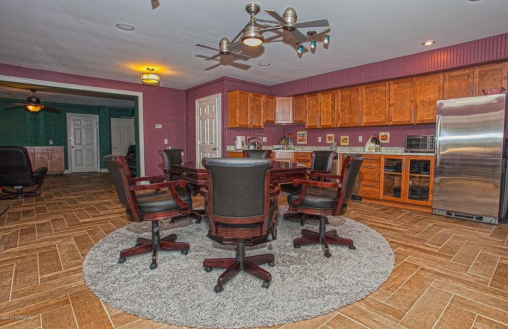 Oak Island Estates Real Estate - http://cdn.resize.sparkplatform.com/ncr/1024x768/true/20170216195201274555000000-o.jpg