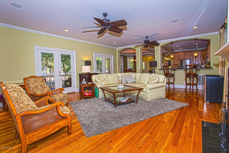 Oak Island Estates Real Estate - http://cdn.resize.sparkplatform.com/ncr/1024x768/true/20170216200054066625000000-o.jpg