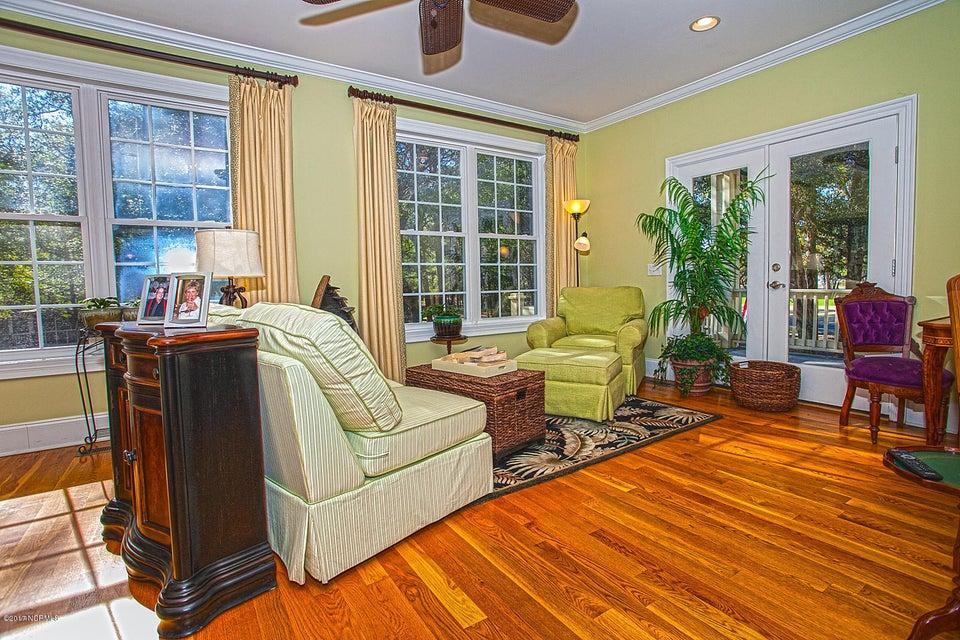 Oak Island Estates Real Estate - http://cdn.resize.sparkplatform.com/ncr/1024x768/true/20170216200059550454000000-o.jpg