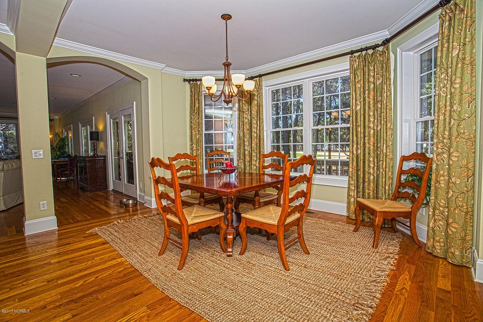 Oak Island Estates Real Estate - http://cdn.resize.sparkplatform.com/ncr/1024x768/true/20170216201456312325000000-o.jpg