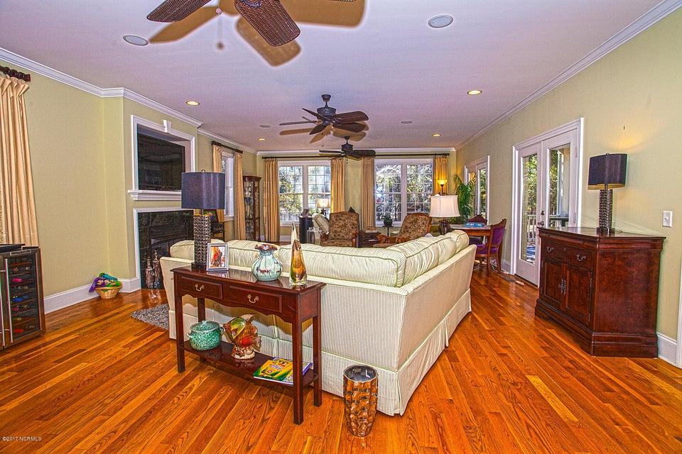 Oak Island Estates Real Estate - http://cdn.resize.sparkplatform.com/ncr/1024x768/true/20170216202514919732000000-o.jpg