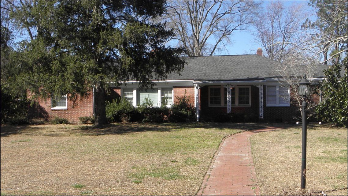 Property for sale at 306 N Howard Circle, Tarboro,  NC 27886