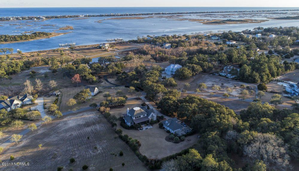 231 Ballast Point Road, Hampstead, NC 28443