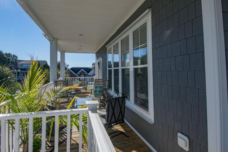 Kure Beach Village Real Estate - http://cdn.resize.sparkplatform.com/ncr/1024x768/true/20170217211235122296000000-o.jpg