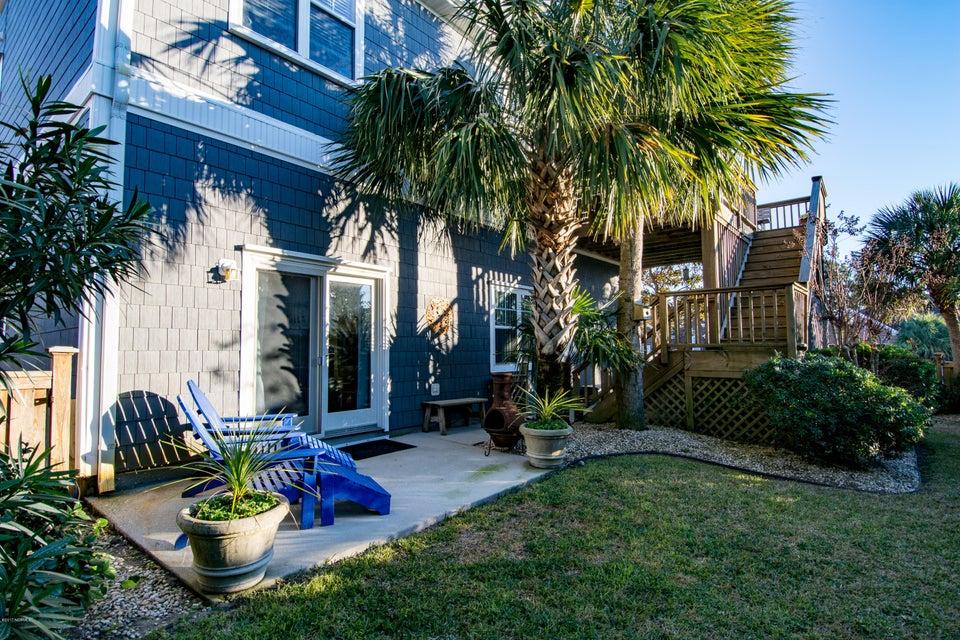 Kure Beach Village Real Estate - http://cdn.resize.sparkplatform.com/ncr/1024x768/true/20170217212344212246000000-o.jpg