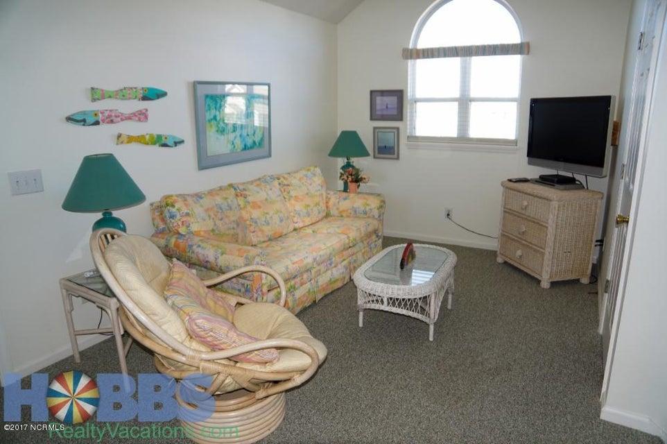 Colonial Beach Real Estate - http://cdn.resize.sparkplatform.com/ncr/1024x768/true/20170227165421482102000000-o.jpg