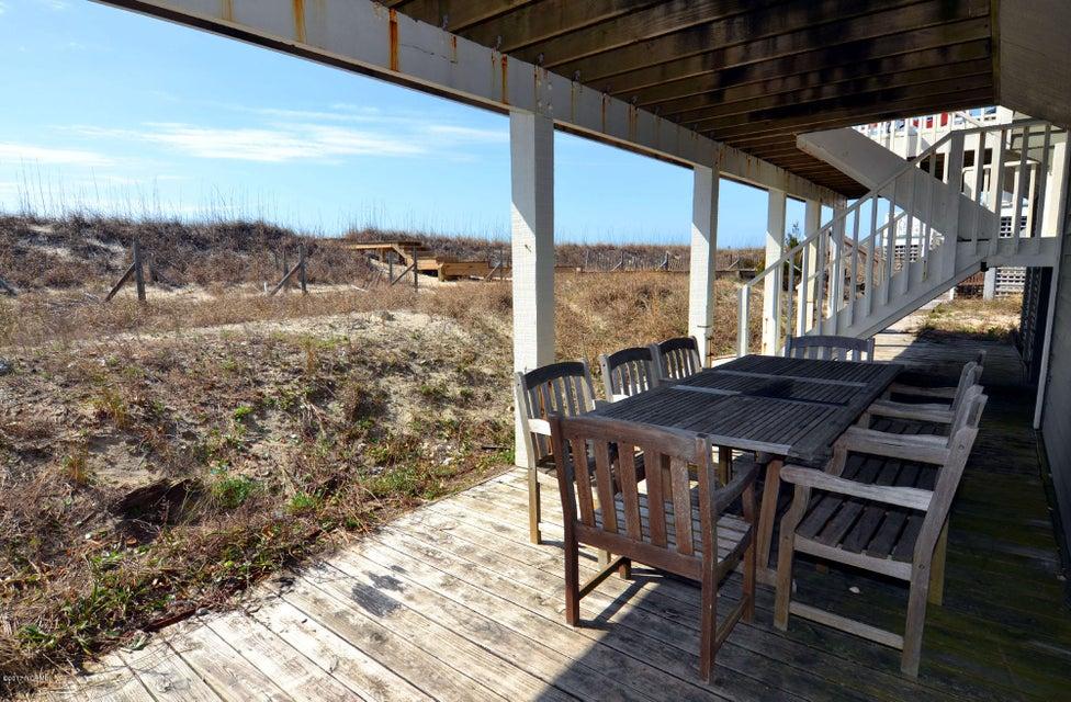 BHI (Bald Head Island) Real Estate - http://cdn.resize.sparkplatform.com/ncr/1024x768/true/20170227173023404758000000-o.jpg