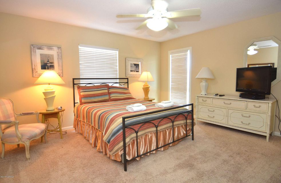 BHI (Bald Head Island) Real Estate - http://cdn.resize.sparkplatform.com/ncr/1024x768/true/20170227173107585719000000-o.jpg