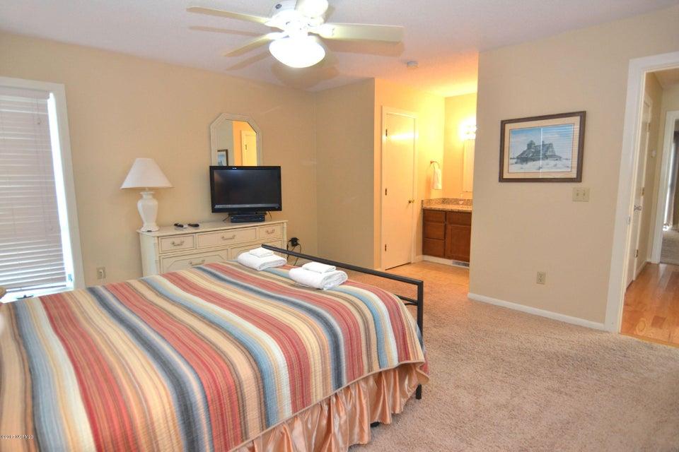 BHI (Bald Head Island) Real Estate - http://cdn.resize.sparkplatform.com/ncr/1024x768/true/20170227173114094203000000-o.jpg