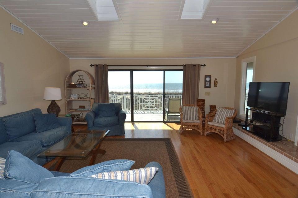 BHI (Bald Head Island) Real Estate - http://cdn.resize.sparkplatform.com/ncr/1024x768/true/20170227173245302804000000-o.jpg