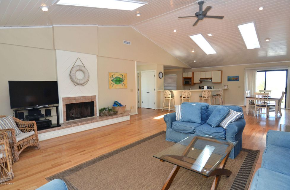 BHI (Bald Head Island) Real Estate - http://cdn.resize.sparkplatform.com/ncr/1024x768/true/20170227173253915547000000-o.jpg