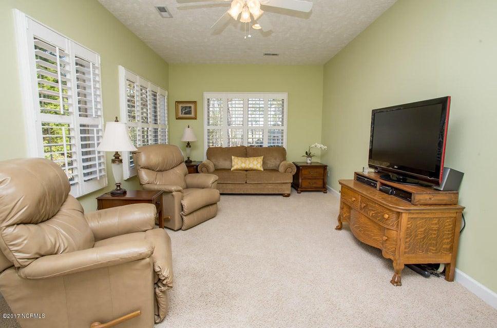 Ocean Ridge Real Estate - http://cdn.resize.sparkplatform.com/ncr/1024x768/true/20170227173512259413000000-o.jpg