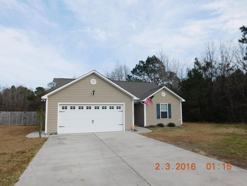 135 Chadwick Acres Road, Sneads Ferry, NC 28460