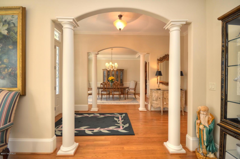St James Real Estate - http://cdn.resize.sparkplatform.com/ncr/1024x768/true/20170228230515022225000000-o.jpg