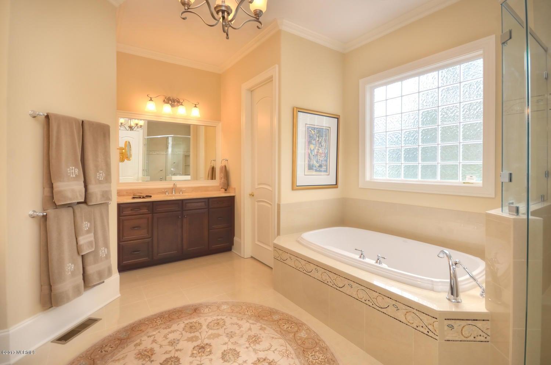 St James Real Estate - http://cdn.resize.sparkplatform.com/ncr/1024x768/true/20170228230544734599000000-o.jpg