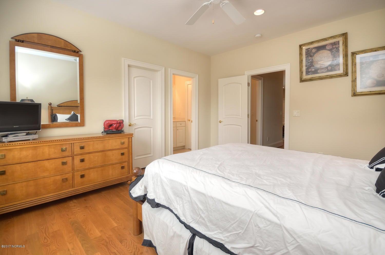 St James Real Estate - http://cdn.resize.sparkplatform.com/ncr/1024x768/true/20170228230556312187000000-o.jpg