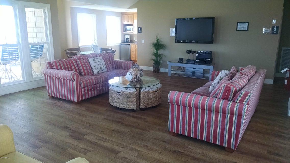 Ocean Ridge Real Estate - http://cdn.resize.sparkplatform.com/ncr/1024x768/true/20170302213940967851000000-o.jpg