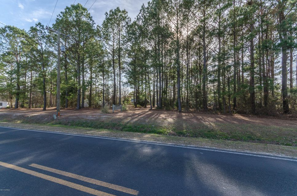 000 Turkey Point Road, Sneads Ferry, NC 28460