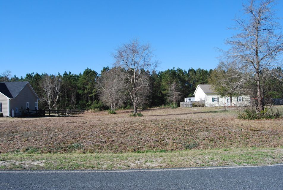 364 Chadwick Acres Road, Sneads Ferry, NC 28460