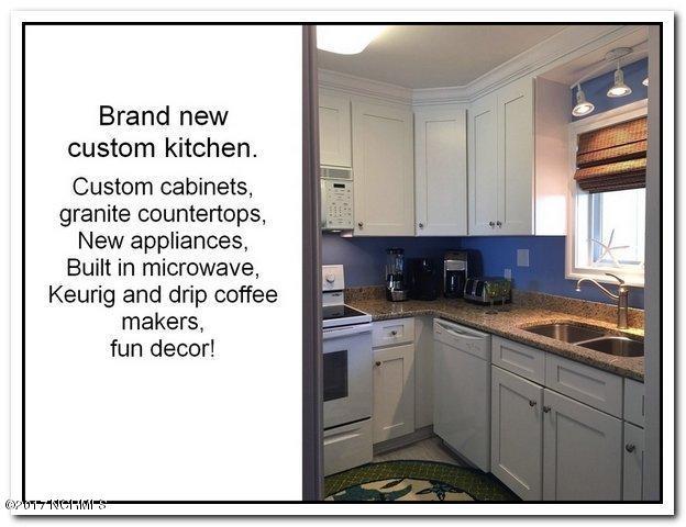 Oak Island Bch Villa Real Estate - http://cdn.resize.sparkplatform.com/ncr/1024x768/true/20170315160050195705000000-o.jpg