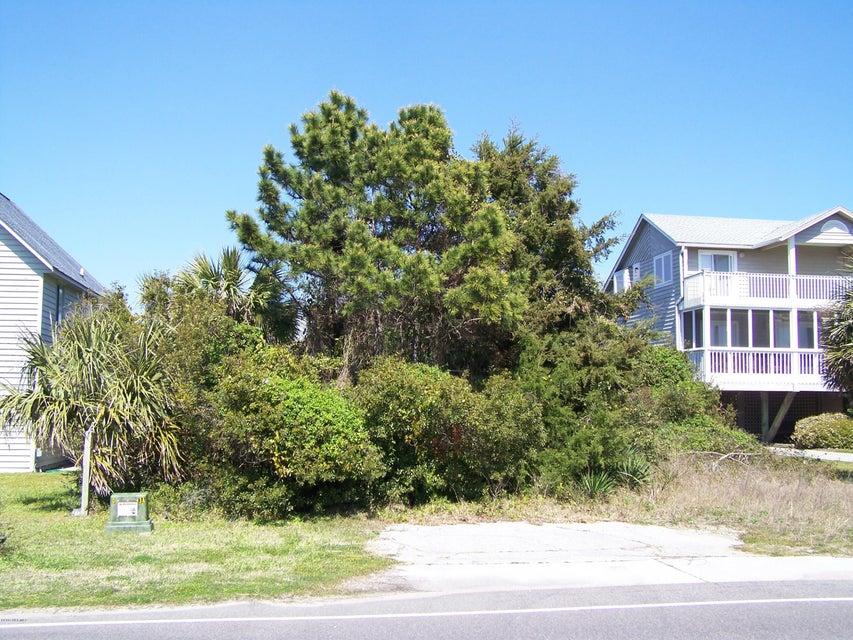 Caswell Beach Real Estate - http://cdn.resize.sparkplatform.com/ncr/1024x768/true/20170316213337101394000000-o.jpg