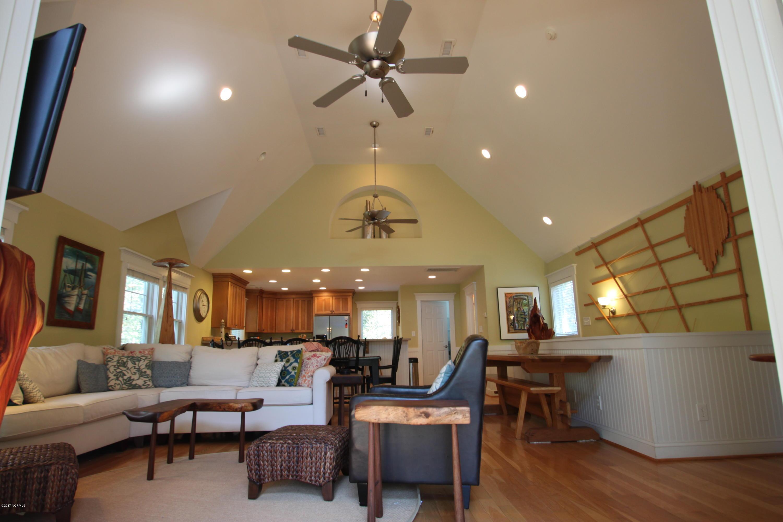 BHI Stage II Cape Fear Station Real Estate - http://cdn.resize.sparkplatform.com/ncr/1024x768/true/20170316225200503028000000-o.jpg