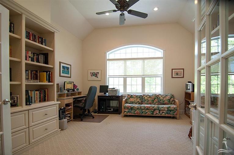 Ocean Ridge Real Estate - http://cdn.resize.sparkplatform.com/ncr/1024x768/true/20170318155552219164000000-o.jpg