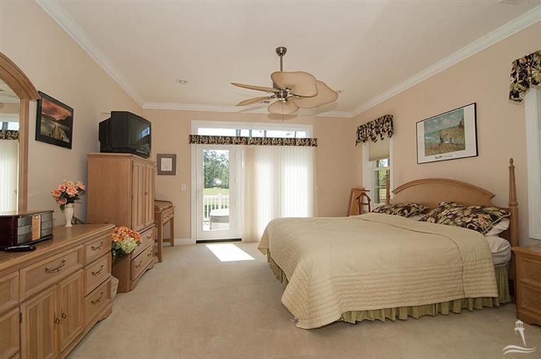 Ocean Ridge Real Estate - http://cdn.resize.sparkplatform.com/ncr/1024x768/true/20170318155553546886000000-o.jpg