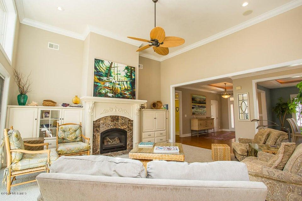 Ocean Ridge Real Estate - http://cdn.resize.sparkplatform.com/ncr/1024x768/true/20170320032624310946000000-o.jpg