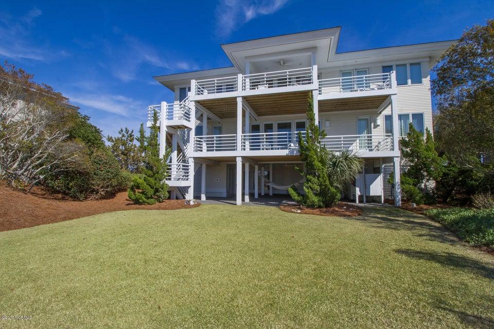 Figure Eight Island Real Estate - http://cdn.resize.sparkplatform.com/ncr/1024x768/true/20170321141242534434000000-o.jpg