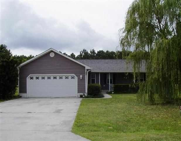 504 Greenfield Place, Sneads Ferry, NC 28460