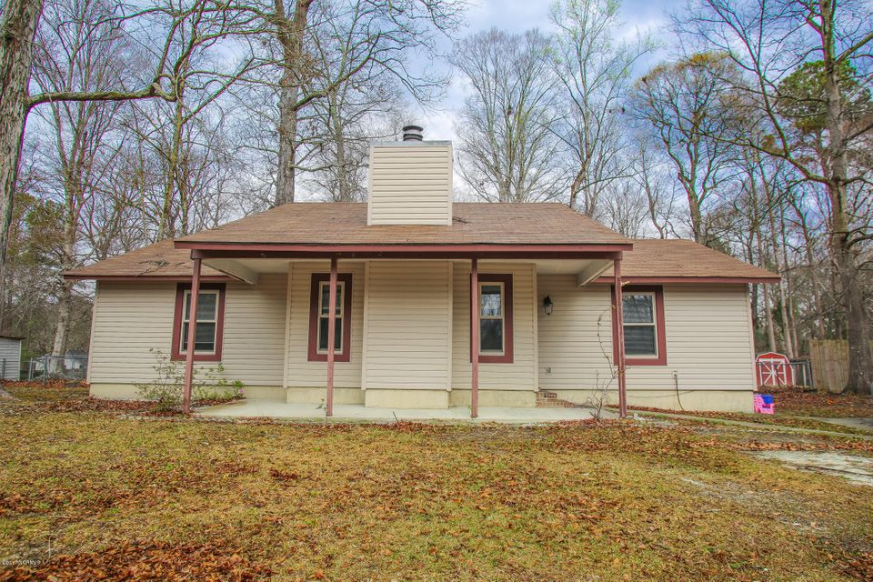 808 Mill River Road, Jacksonville, NC 28540