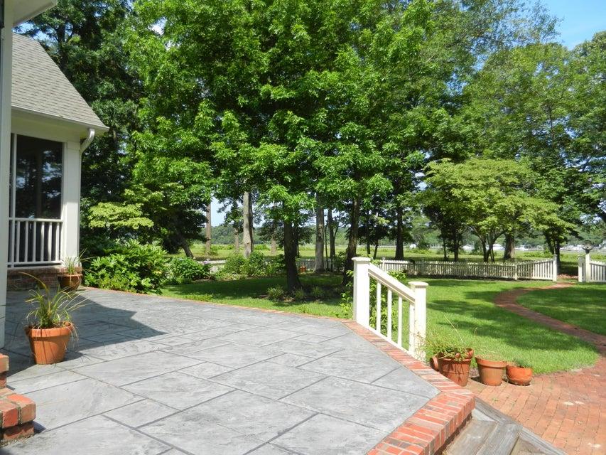 Devaun Park Real Estate - http://cdn.resize.sparkplatform.com/ncr/1024x768/true/20170322155728132640000000-o.jpg