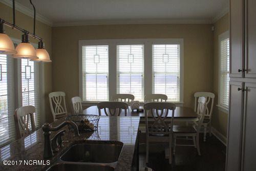 Colonial Beach Real Estate - http://cdn.resize.sparkplatform.com/ncr/1024x768/true/20170323004956316325000000-o.jpg