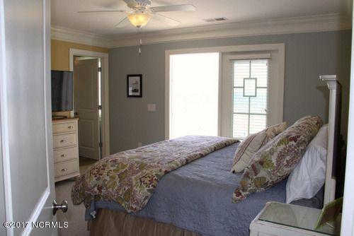 Colonial Beach Real Estate - http://cdn.resize.sparkplatform.com/ncr/1024x768/true/20170323005005130960000000-o.jpg