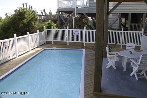 Colonial Beach Real Estate - http://cdn.resize.sparkplatform.com/ncr/1024x768/true/20170323005016936494000000-o.jpg