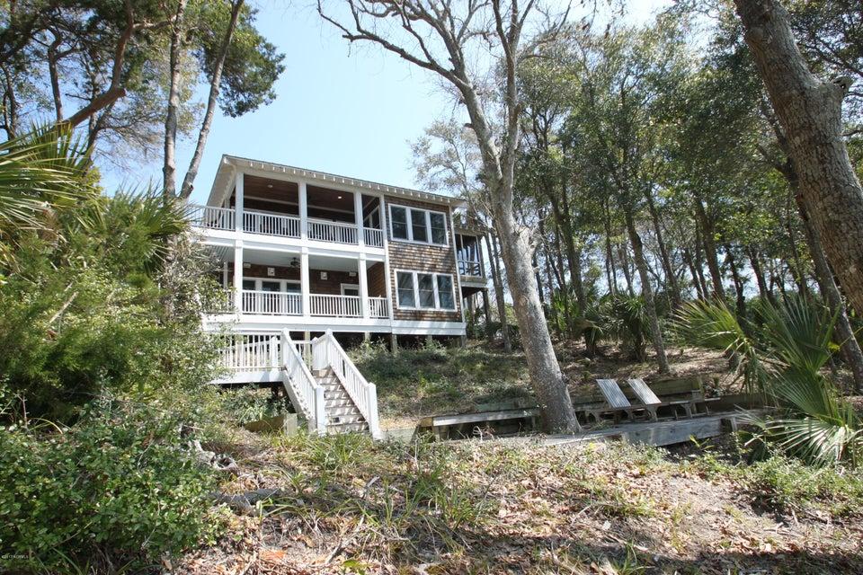 BHI Middle Island Real Estate - http://cdn.resize.sparkplatform.com/ncr/1024x768/true/20170323161633356258000000-o.jpg