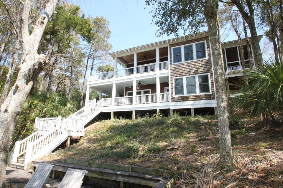 BHI Middle Island Real Estate - http://cdn.resize.sparkplatform.com/ncr/1024x768/true/20170323161759277878000000-o.jpg
