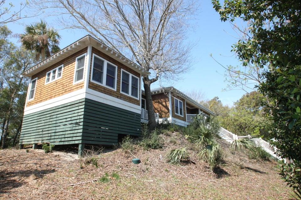 BHI Middle Island Real Estate - http://cdn.resize.sparkplatform.com/ncr/1024x768/true/20170323162054031220000000-o.jpg